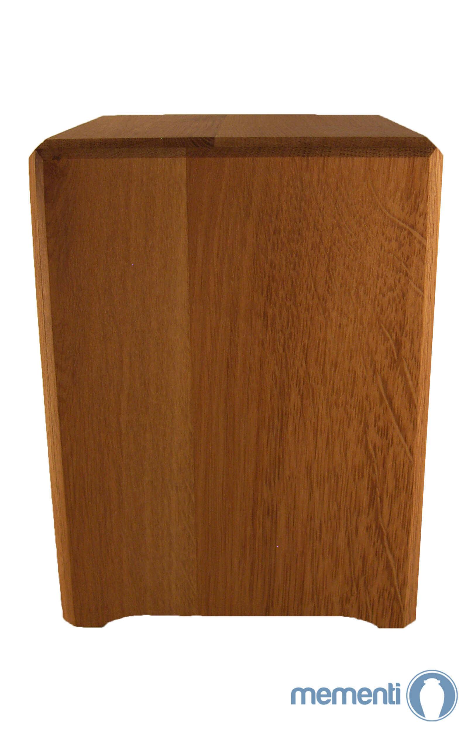 en HR05 wooden box urn